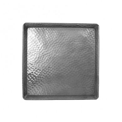 Piatto quadrato in alluminio martellato 25x25 cm - Tadé